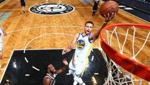 Warriors sofrem, mas seguram Nets no fim e vencem mais uma na NBA