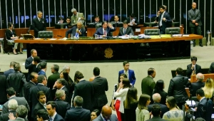 Plenário do Senado aprova Refis para micro e pequenas empresas