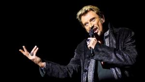 Cantor Johnny Hallyday, ícone do rock francês, morre em Paris aos 74 anos