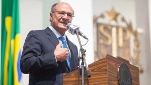 Alckmin pede a aliados que não aprovem aumento do teto estadual