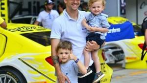 Daniel Serra chega em 3º em Interlagos e é campeão da Stock Car