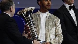 Hamilton e Mercedes são coroados em evento de premiação da FIA