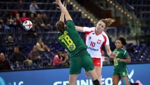 Seleção perde da Polônia e fecha Mundial Feminino de Handebol em 18º lugar