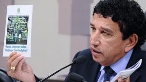 CPI dos Maus-Tratos lança cartilhas contra suicídio, bullying e automutilação