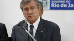 """""""Cabe ao presidente nomear ministro"""", diz Torquato Jardim"""