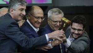 Consórcio da CCR vence disputa por linhas do Metrô com oferta de R$ 553,88 mi