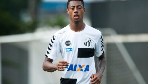 Bruno Henrique sofre contusão no olho e desfalca Santos no Paulistão