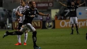 Com pênalti perdido, Corinthians é derrotado pela Ponte Preta no Pacaembu