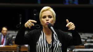 Cristiane Brasil não tem condições morais de assumir Ministério, mas ela insiste