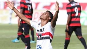 São Paulo elimina Vitória nos pênaltis e vai às semifinais da Copinha