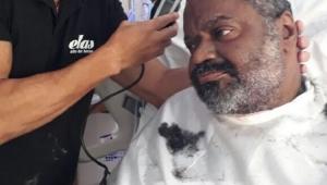 Internado há 10 meses, Arlindo Cruz aparece em foto durante recuperação