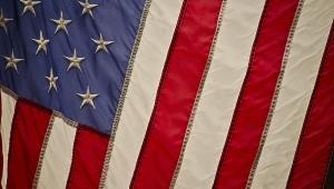 Governo dos Estados Unidos é reaberto após paralisação parcial de três dias