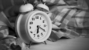 Dormir pouco afeta genes e metabolismo e reduz expectativa de vida