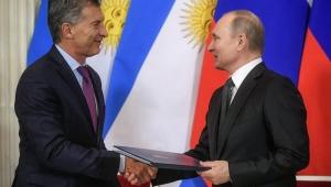 Macri e Putin assinam declaração conjunta sobre diálogo estratégico