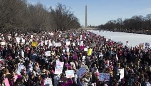 """Milhares rejeitam Trump na """"Marcha das Mulheres"""" em Washington"""
