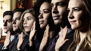 """For The People"": nova série de Shonda Rhimes ganha 1º trailer"