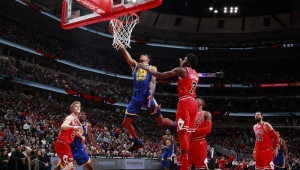 Warriors superam Bulls e faturam 14ª vitória seguida fora de casa na NBA