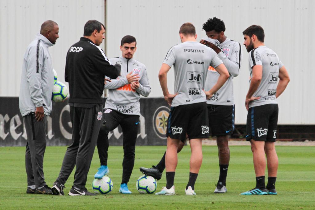 Corinthians divulga lista de relacionados para o jogo contra o Fluminense; confira
